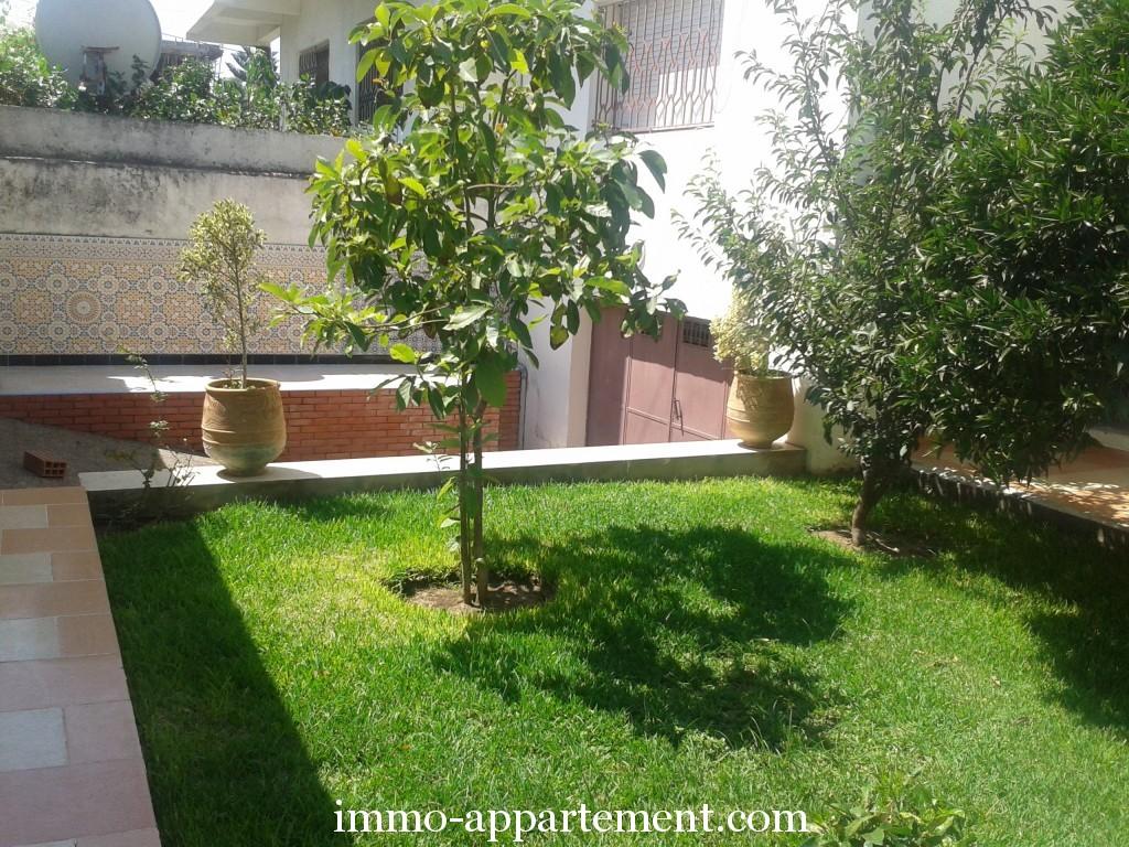 Villa louer avec jardin kenitrai immo appartement for Louer appartement jardin